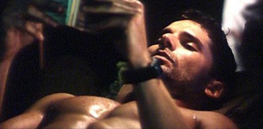 playground-shower-naked-eric-bana