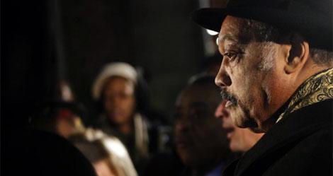 Vigilia por las víctimas del seísmo celebrada en Nueva York en pasado miércoles.  AFP