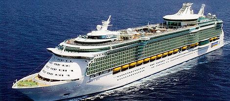 El 'Liberty of the Seas', uno de los navíos más grandes, hace escala en Haití.   Royal Carribean