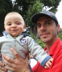 Carlos y su hijo Juan Pablo. | J.B.