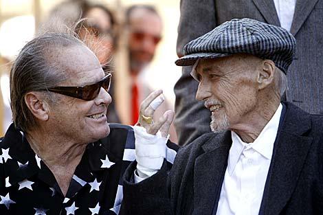 Jack Nicholson y Dennis Hopper en Hollywood. | Reuters