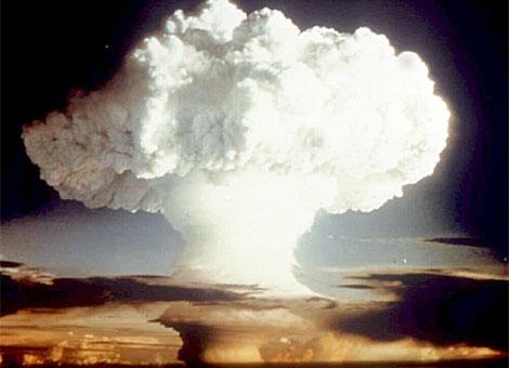 Bomba atómica lanzada sobre Hiroshima.