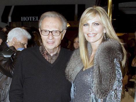 Larry King y su séptima esposa Shawn Southwick. |Efe