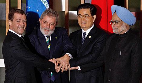 De izda. a dcha., los líderes de Rusia, Brasil, China y la India. | AP