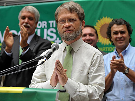 El candidato del partido verde durante un discurso en Bogotá. | AFP