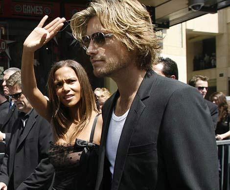 Halle Berry con su ex pareja, el modelo Gabriel Aubrey. | Reuters