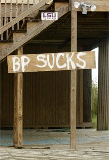 Un cartel de protesta. | AP