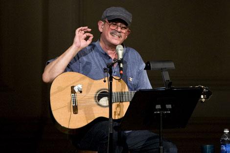 Silvio Rodríguez durante el concierto. | Ap