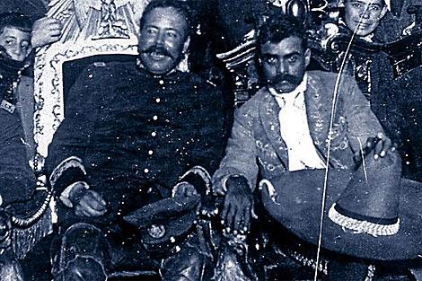 Fotografía de archivo de Pancho Villa (i) y Emilio Zapata (d).