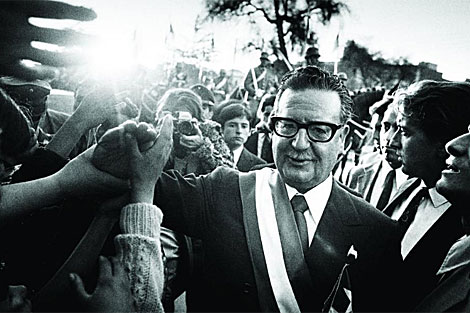 Salvador Allende poco después de su triunfo en 1971.   Archivo
