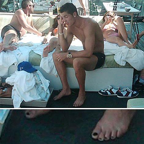 Cristiano en una piscina de Nueva York. | TMZ