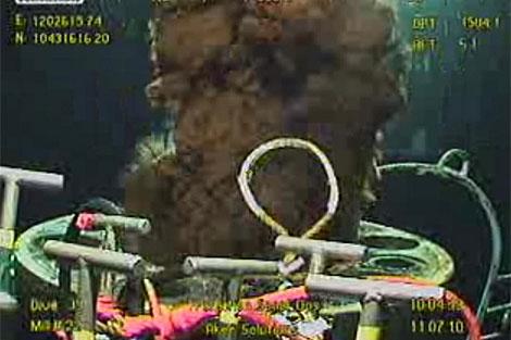 Imagen de hoy domingo del derrame de crudo de la plataforma de BP