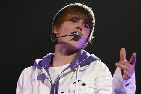 Justin Bieber publicará sus memorias en octubre.   AP