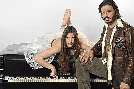 Romina Yan posaba junto al actor Damián de Santo. | Foto archivo ELMUNDO.es