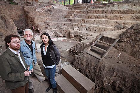 Excavaciones arqueológicas en el centro de detención 'Club Atlético'.   Silvina Friedlewsky