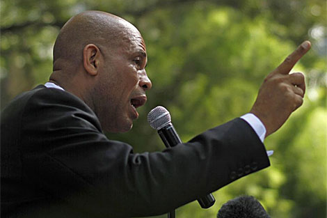 El candidato Michel Martelly.   AP