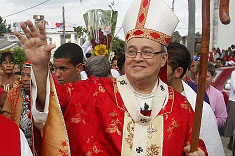 Ortega en la Iglesia de Santa Bárbara el sábado en La Habana. | Reuters