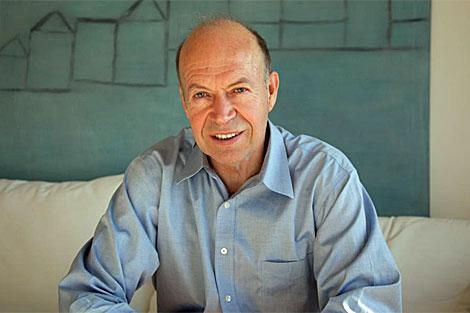 James Hansen en su casa de Nueva York. | Isaac Hernández