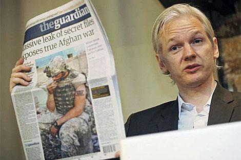Julian Assange en una conferencia de prensa en julio en Londres. | Efe