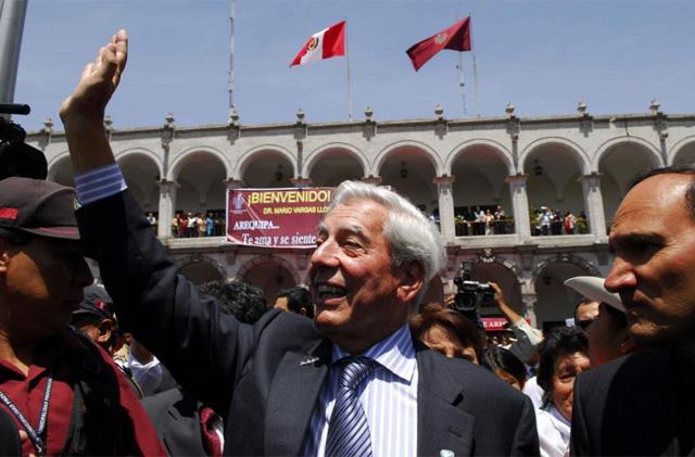 Mario Vargas Llosa, en Arequipa, su ciudad natal. | Efe