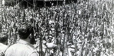 Castro proclama el carácter socialista de la revolución. | Archivo