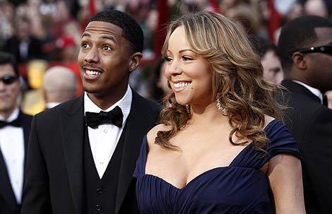 La cantante, con su marido.   Ap