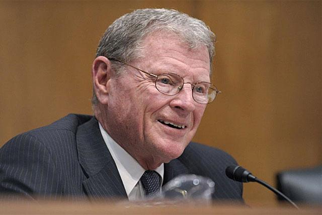 El senador republicano James Inhofe en el Capitolio en abril de 2011.   AP