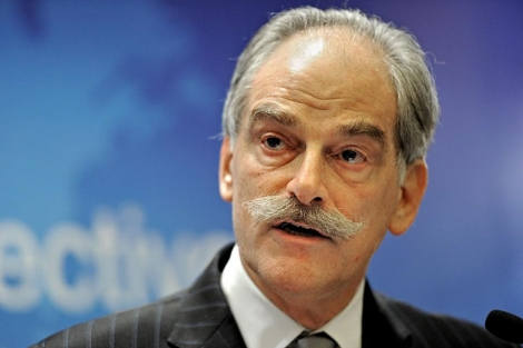 El director interino del FMI, John Lipsky. | AFP