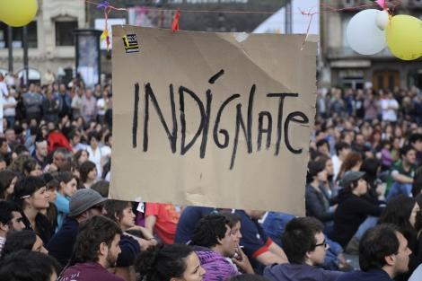 Miles de 'indignados' piden en Madrid un democracia real. I Reuters