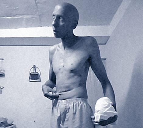 Una imagen de Fariñas mientras estaba en huelga de hambre.