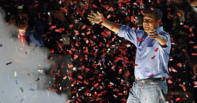 Ollanta Humala celebra su victoria. | Reuters