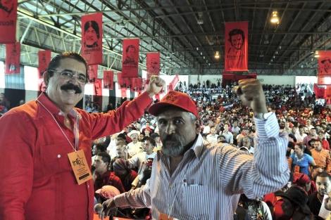 Lobo celebra el surgimiento de una fuerza política liderada por Zelaya en Honduras