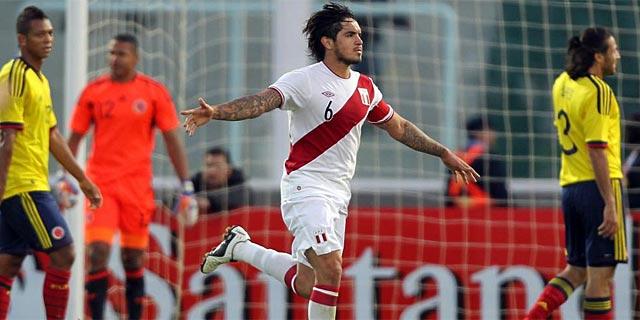 Vargas celebra su gol, la sentencia en la prórroga.   Ap