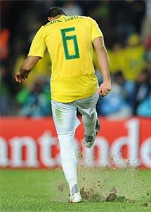 André Santos, tras fallar su penalti. | Afp