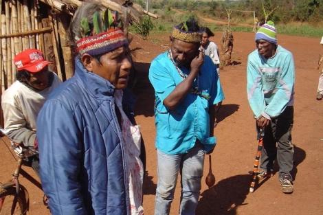 Líderes indígenas del pueblo brasileño Guarani-Kaiwoá   Efe