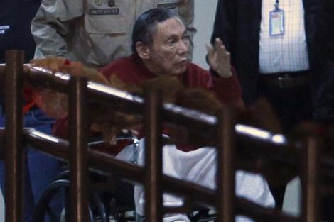 El ex dictador Manuel Antonio Noriega, entrando en la cárcel Renacer. | Ap