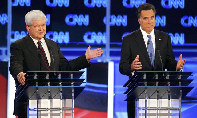 Newt Gingrich y Mitt Romney, en el último debate en Florida.   Reuters