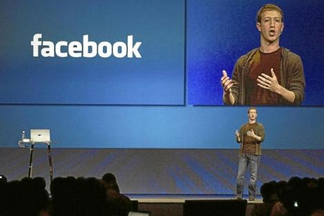 Zuckerberg durante la presentación de los datos anuales. | EL MUNDO