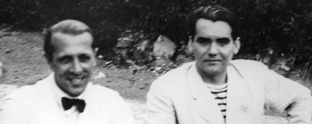 El escritor uruguayo, Enrique Amorín, con el poeta español, Federico García Lorca, en una imagen de 1930. | Efe