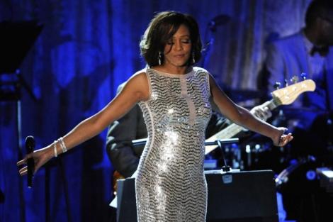 Whitney Houston en una actuación poco antes de su muerte. | EL MUNDO