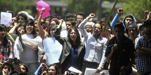 Cientos de estudiantes participaron de la asamblea del movimiento. | Efe