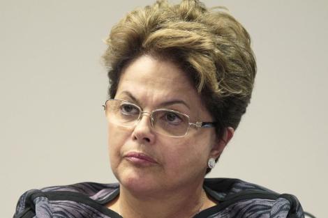 La presidente de Brasil, Dilma Rousseff, durante una comparecencia el día 14. | Reuters