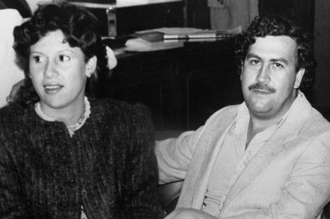 Pablo Escobar y su mujer.