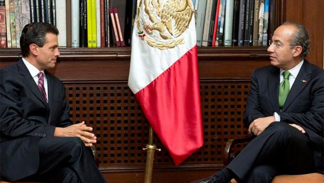 Peña Nieto y Calderón, durante su entrevista en Los Pinos. | Efe