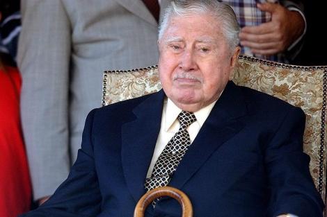 El ex dictador chileno en el 30º aniversario del Golpe de Estado.   Foto de Archivo (Efe)