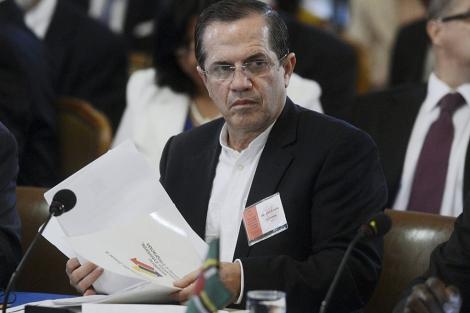 - El ministro ecuatoriano de Exteriores; Ricardo Patiño; en la reunión de la OEA.| Efe