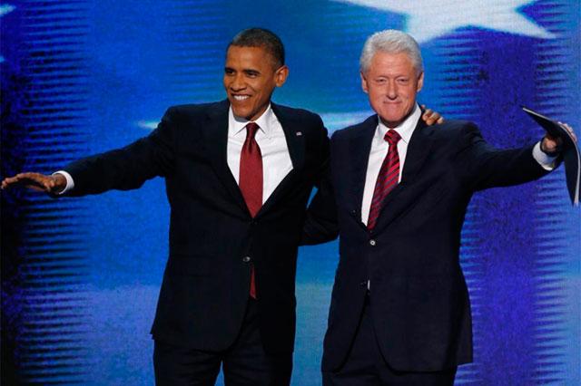 Obama acompañó a Clinton en el escenario tras su discurso. | Reuters | Más imágenes