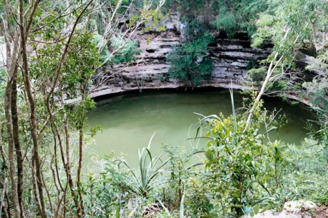 pozo natural de agua, localizado en la ciudad arquelógica de Chichen Itzá.| Mar Junco