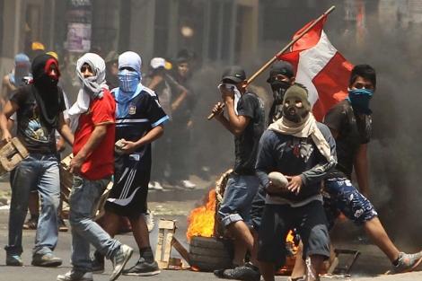 La policía peruana detiene a 144 personas por los disturbios del pasado octubre | Noticias | elmundo.es