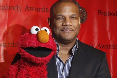 Kevin Clash con Elmo.| Reuters